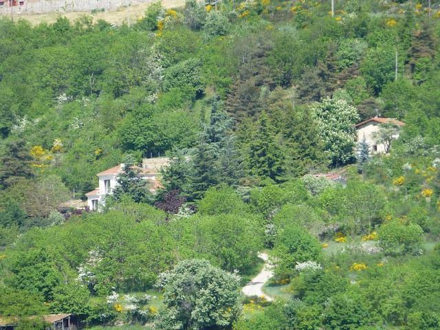 Maison au coeur de l'Ardèche - Saint-Félicien - Rumah