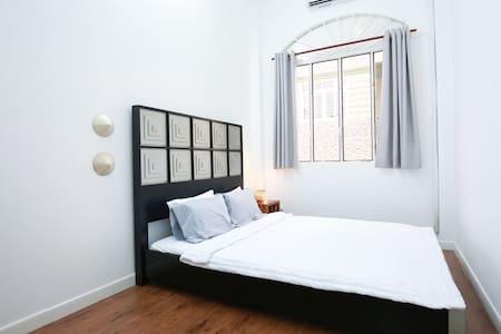 Cozy Bedroom Near The Heart of District 1 - Ciudad de Ho Chi Minh - Casa