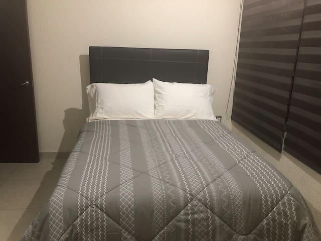 Cómoda habitación privada, excelente ubicación