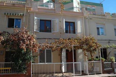 Apartment-City-Ensuite with Shower-Partial sea view