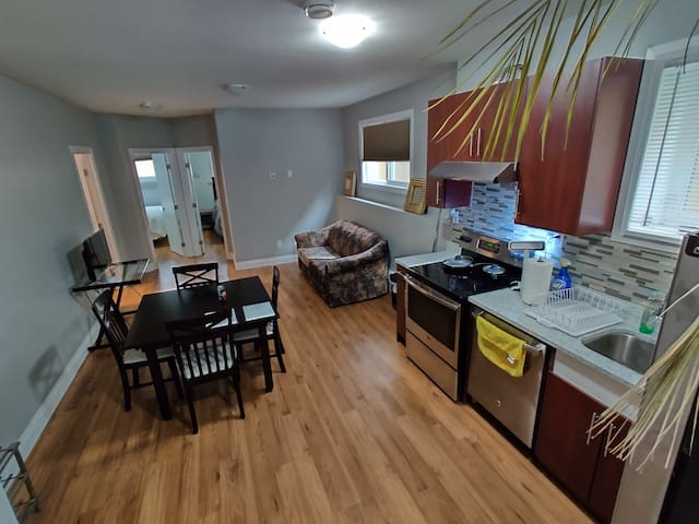 1 Bedroom Suite - Suite B (Shared )