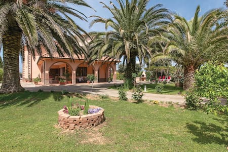Holiday apartment with 1 bedroom on 53m² in Cecina LI