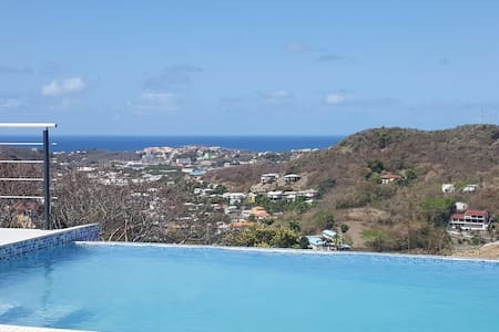 Cliff Edge Luxury Villa Grenada