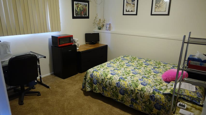 Master Bedroom Kitchenette area Large Chest of drawers and optional TV