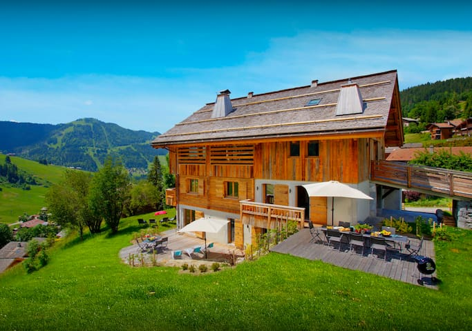Luxury spa pool & jacuzzi at this 5 star French Alps home - SnowLodge