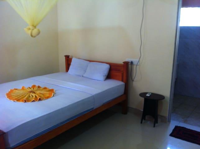 Nirwana Tourist Lodge - Sigiriya - Apartment