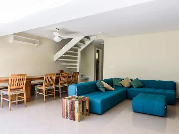 Excelente casa em condomínio na av da praia Juqueí