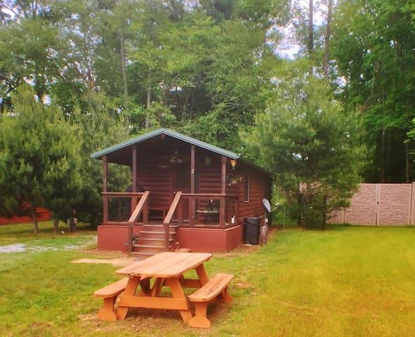 #2 - Fisherman Cabin - Asheville River Cabins