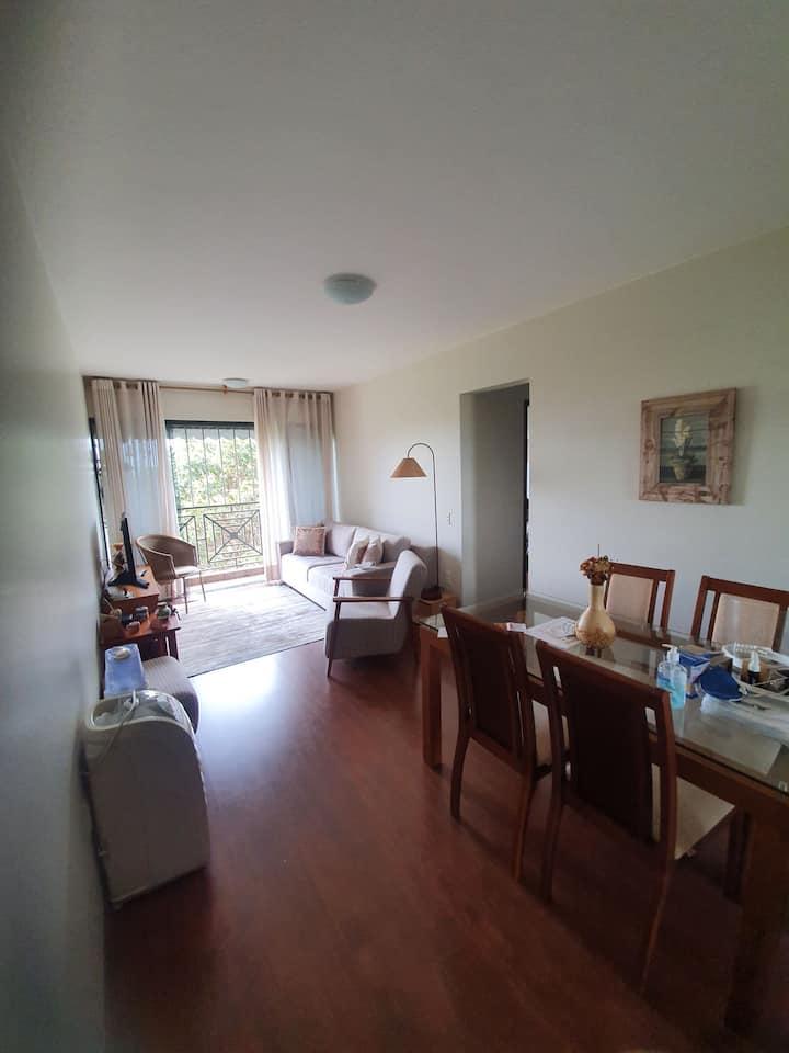 Lindo Apartamento com Vista Livre