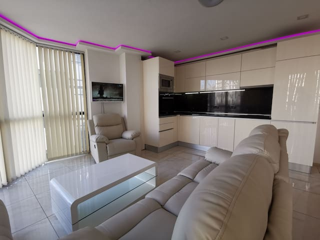 Luxury Apartment Varna Center