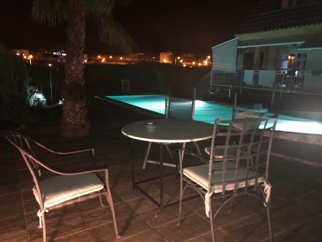 Ibiza in mind, superroom private pool free parking
