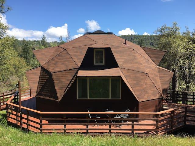 Dome Living Pine Mountain Lake Groveland Yosemite - Groveland - Casa