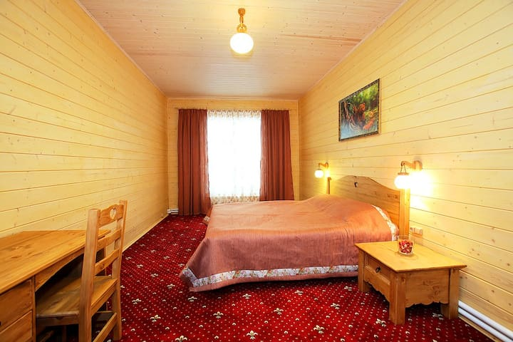 "Номер-апартамент в гостинице ""Катюша"""