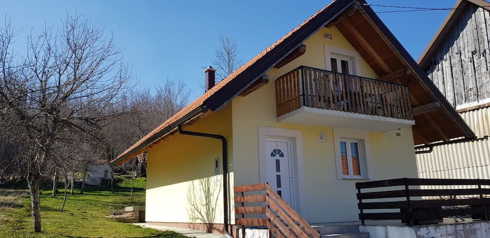 Ravna Gora: Holiday cottage with 2 bedrooms