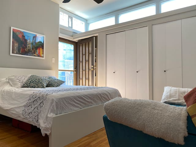 Beautiful Furnished Room in Dupont