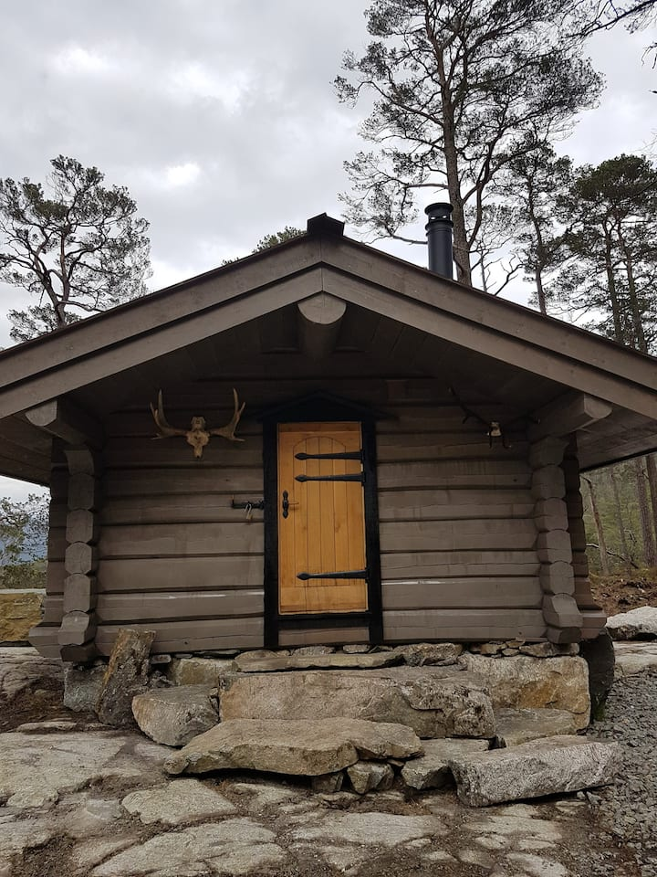 Cabin away from civilization close to Pulpit Rock