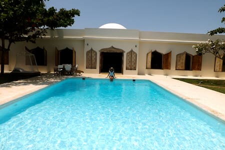 sultan saka house - Diani Beach
