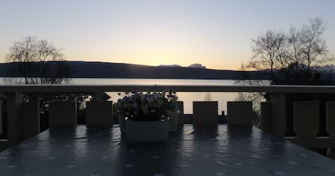 Rekkehus med utsikt over Ofotfjorden