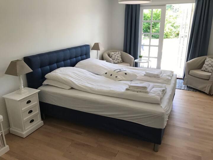 Charmerende og centralt - lyst dobbeltværelse