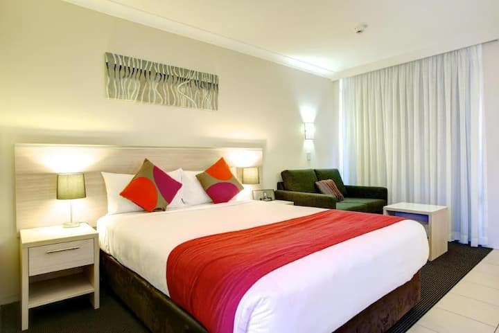 Extraordinary Double Bed Non Smoking At Coffs Harbour