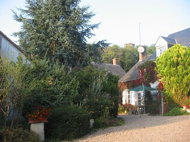 Le Romantique - Monteaux - Nature lodge