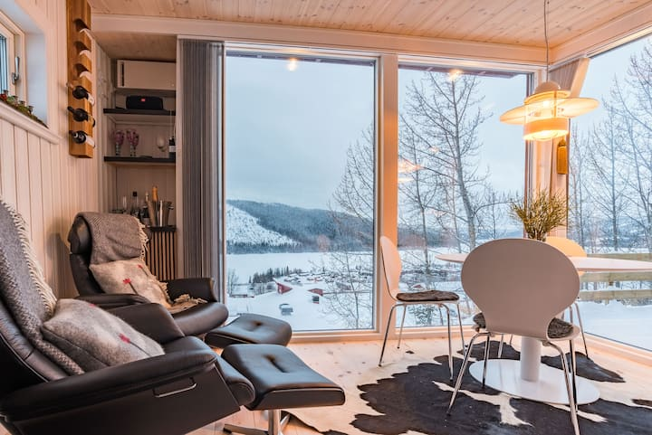 House w Panorama View Perfect for Winter/ Summer