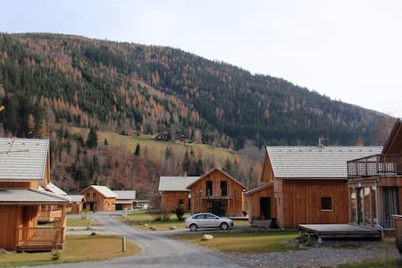 Chalet in Austria Sleeps 10 - 4 bed - 2 Bathrooms - Paal - Rumah