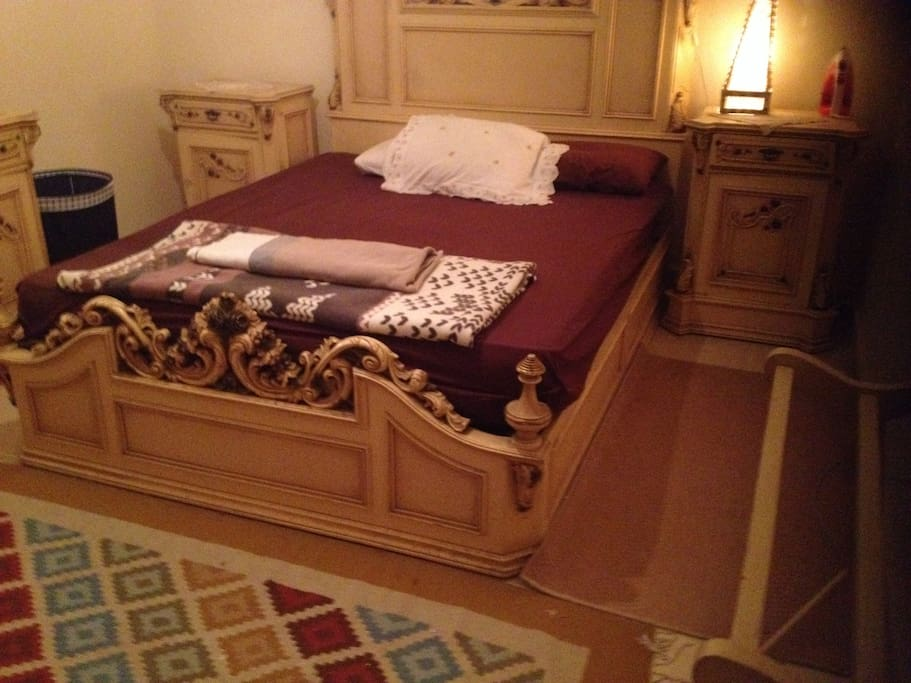 It's not like any king size bed, it makes me feel like the king of the castle ;D