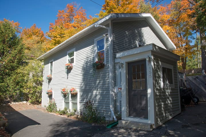 ADK Village Cottage in Fall!!!