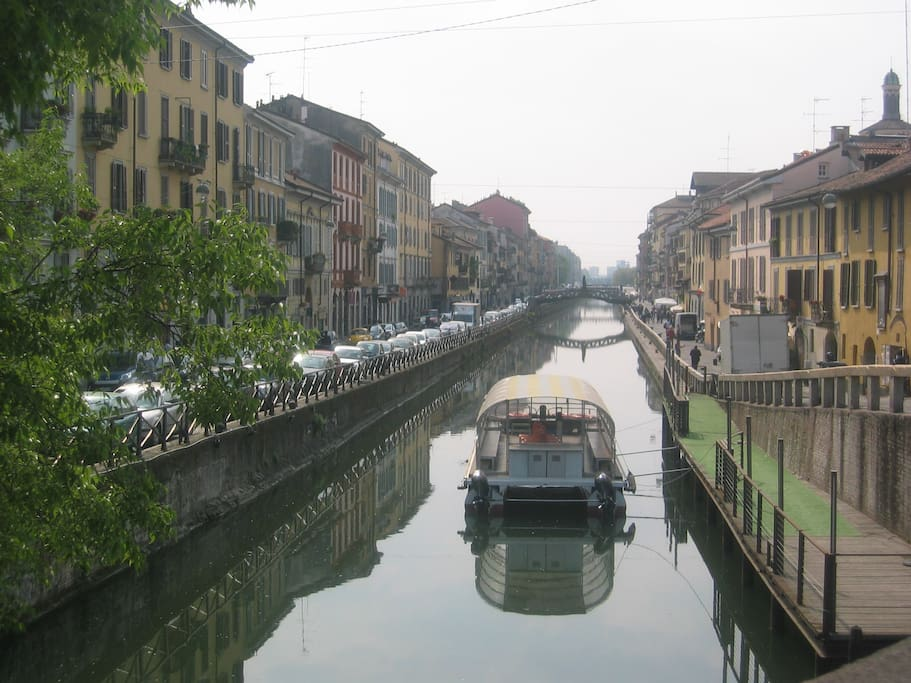 NAVIGLI , only 2 minutes walking from the room
