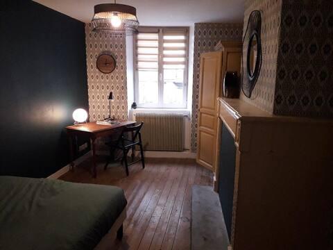 Chambre cosy au cœur du quartier historique