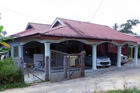 Homestay Tok Abah Kuala Rompin