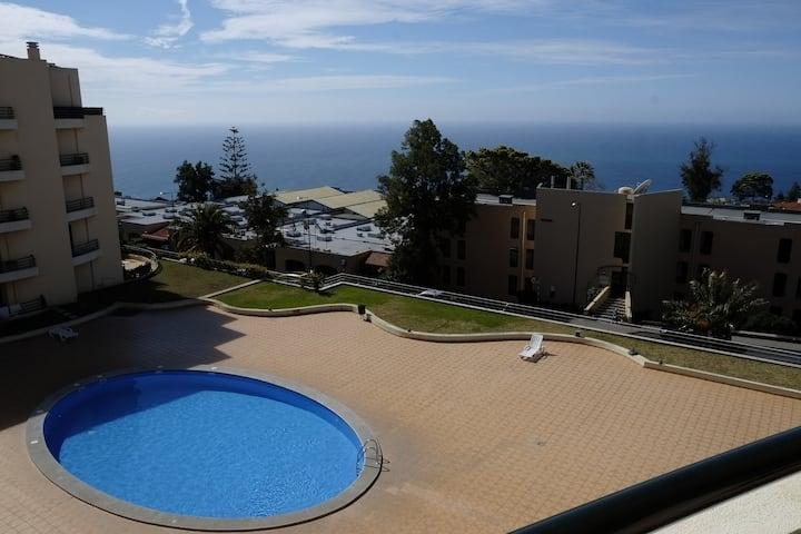 Garajau Madeira Apartment - pool and parking space