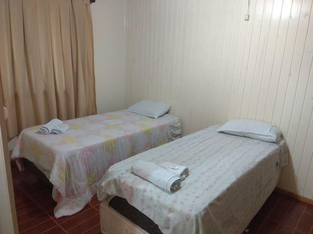Apartamento ou quartos individuais - Arroio Trinta