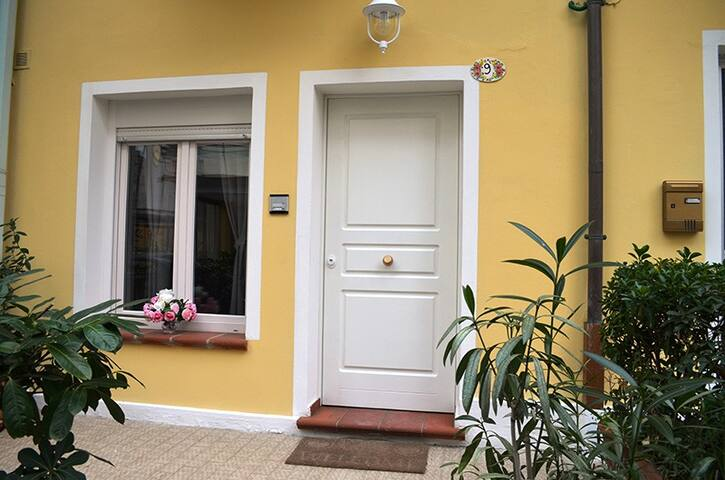 APPARTAMENTO EOLO, INDIPENDENTE - Gabicce Mare - Apartment