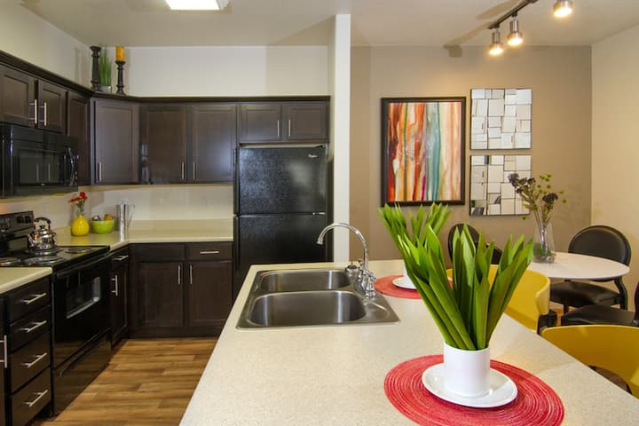 Stay as long as you want | 1BR in Midvale