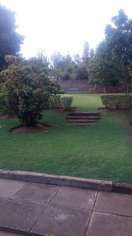 Garden to relax at the back of the house