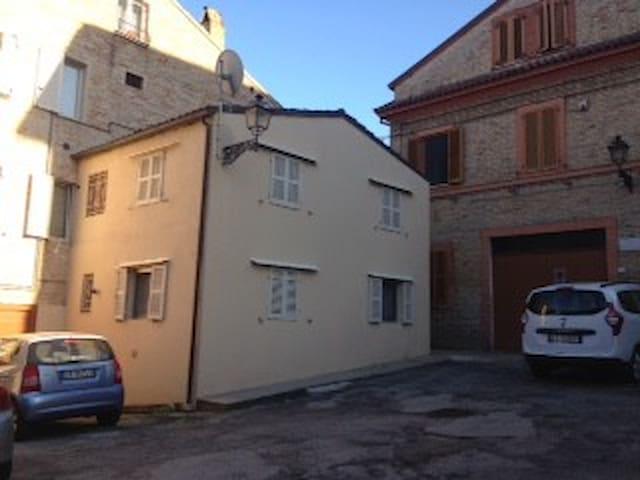 casa del teatro - Porto San Giorgio - Ev