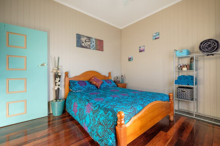 Your Own Private Room - Moorooka ...