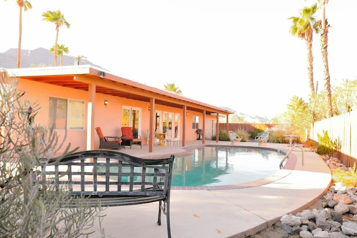 Mountain View Desert Retreat