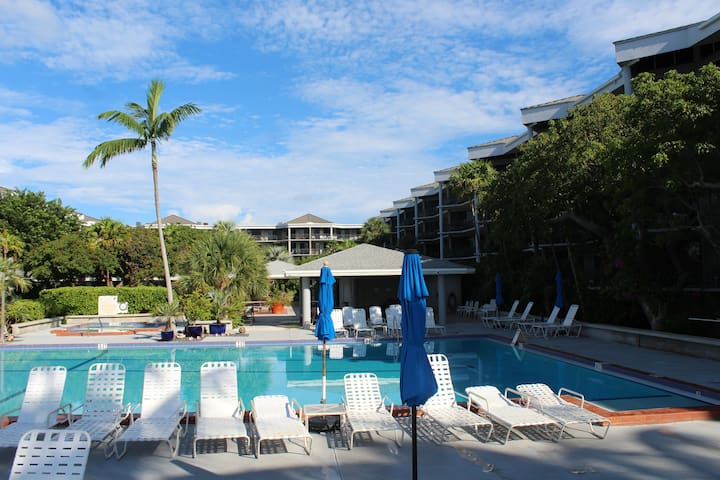 Key West Beachside 1400sf, 2 Bedroom Condo