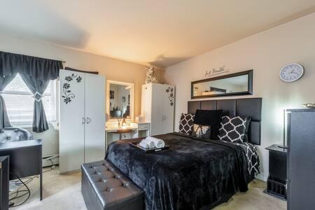 Exquisite Private Studio Entire Apartment @ Philly