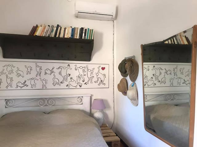 Keith Haring room at Penelope's bnb