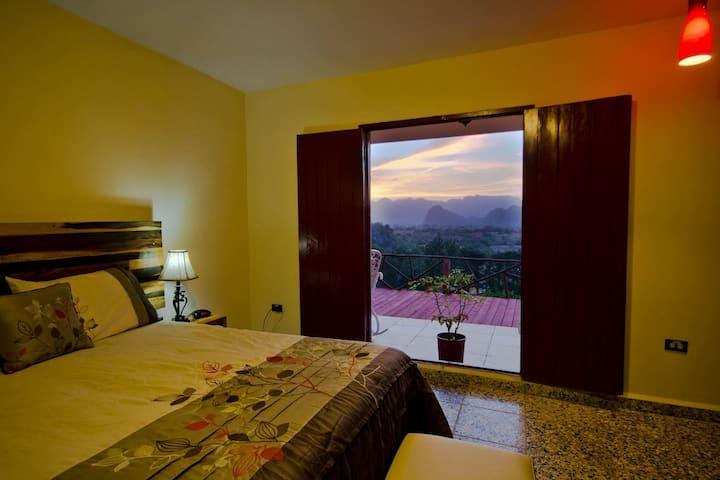 """""""Casa Particular Luz del Valle"""" Dos Habitaciones."""
