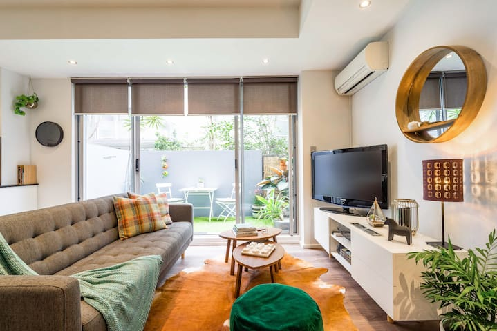 Intimate Apartment Close to Central Station