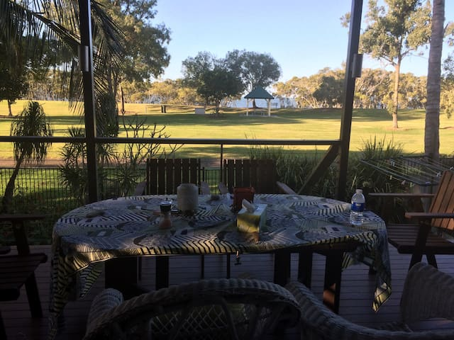 Stay by the sea 10 mins from BNE! - Nudgee Beach