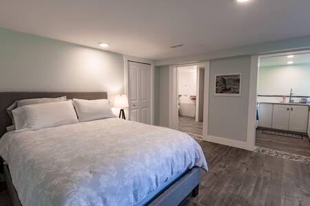 Nanoose Nook Guest Suite