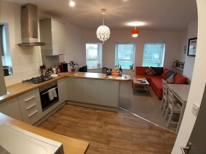 Apartment for up to 6 in central Cardiff