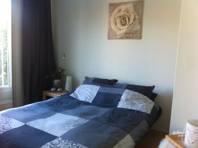 Comfortable Room in Hoorn NH - including breakfast - Hoorn - Bed & Breakfast