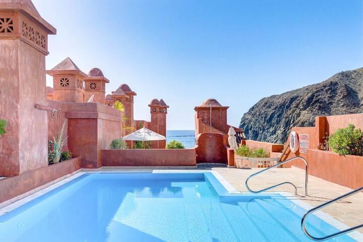 Oceanview Luxury 1 Bedroom-Apartment, huge Terrace